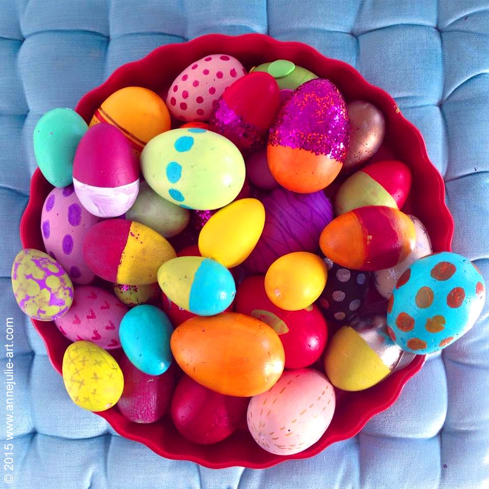 Easter Eggs  © 2015 www.annejulie-art.com