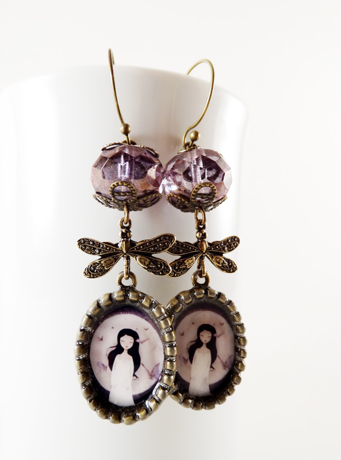 Fluttering Dreams earrings - 2013 © Anne-Julie Aubry
