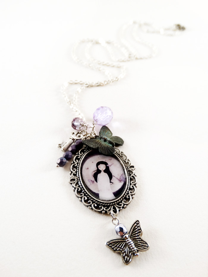 Fluttering Dreams necklace  - 2013 © Anne-Julie Aubry